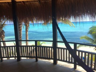 Beachfront Casita Kaan with amazing views, king bed and full kitchen