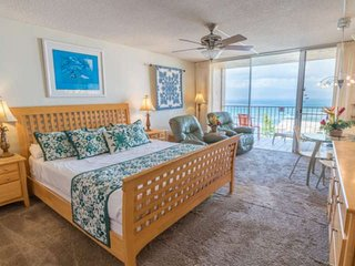 Oceanview Studio + Oceanside Pool + Lanai + Fitness Facility