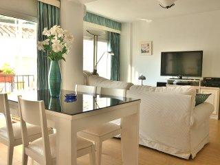 Coronado piso 58: recently renovated, bright, clean, all comfort, Wi-Fi, central