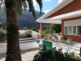 Stylish newly refurbished 3 bedroom villa with a pool
