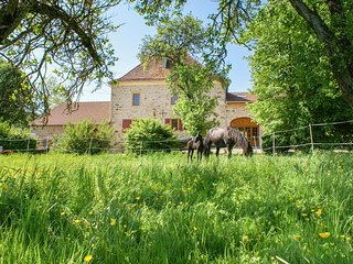 3 bedroom Chateau in Beaucharmoy, Grand-Est, France : ref 5049749
