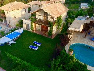 Elitsa Villa with mini pool 'boat'