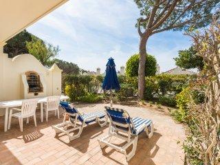 3 bedroom Villa in Quinta do Lago, Faro, Portugal : ref 5049152