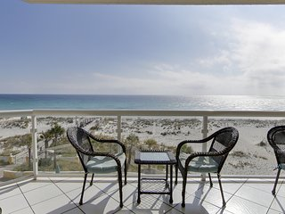 5 Star Rated, Gulf Front and Gorgeous, Amazing Views, Private Balcony, 2 Pools