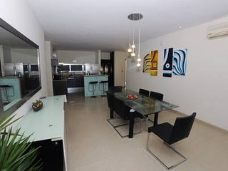 S304 Comfortable Condo in Cancun Centro Area With Rooftop Pool