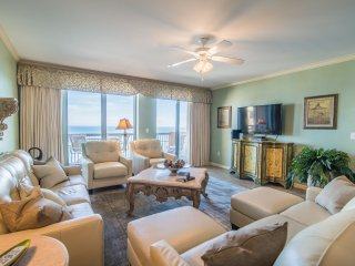 Hadley's Haven - Classy. Professionally Designed. Oceanfront 3BD/3BA. Free Wi-Fi
