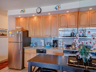 Upgraded, Top-Floor Ocean Front Unit in Quiet Condo Resort—West Maui—1/BR/1BA