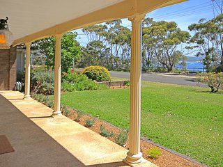 Bannister Views in Mollymook