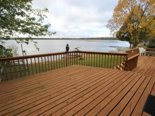NEW! Lakefront 2BR Nisswa Cabin w/ Spacious Deck!