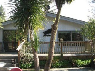 River front at the Ocean mouth **HOT TUB***FIRE PIT** FISHING***KAYAK**