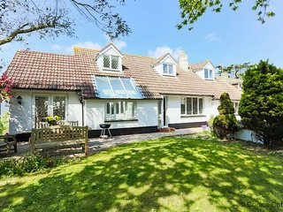 CROYDE CHESTNUT HOUSE | 6 Bedrooms