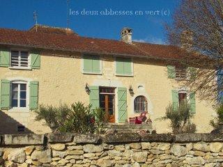 Luxury Owners Perigord Maison among Arabian horses breeding farm Dordogne