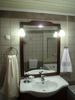 Bathroom of Villa Menelia