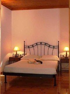 Double bedroom of Villa Menelia with skylight