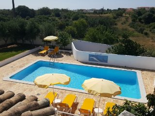Travis Villa, Olhos de Agua, Algarve