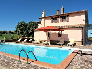 4 bedroom Villa in Vaiano, Umbria, Italy : ref 5506779