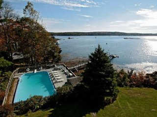 Two Cabins, Private Inground Pool, Private Dock, Spectacular View of Linekin Bay