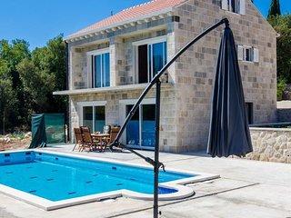 5 bedroom Villa in Komaji, Dubrovacko-Neretvanska Zupanija, Croatia - 5452266