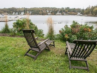 3BR in Downtown Boothbay Harbor, On the Shore of Mill Cove