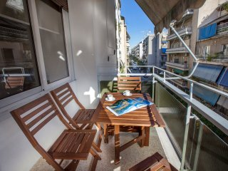 Modern Apartment close to Acropolis Museum