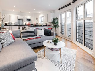 Modern & über Cool 2 Bed 2 Bath in Clerkenwell