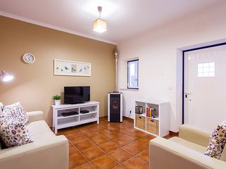 Casa Ines - 2 bedroom house in the heart of Portugal!