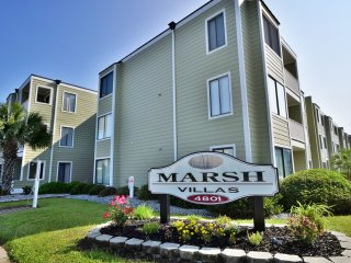 Luxury Marsh Villas 2 BR Condo, First Floor, Sleeps 8, Pool, Steps To Ocean!!