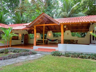 Casa Idyll Tropical designed Home