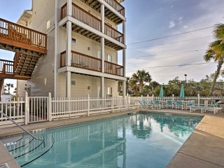 NEW! 1BR Fort Walton Beach Condo - Steps to Gulf!