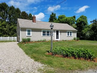 CRAIGVILLE BEACH VACATION HOME !Just .6 mile away 136276