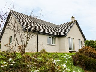 GLAVEN, views, pet-friendly, games room, in Bonar Bridge, Ref. 970523