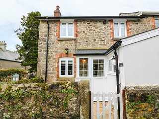 1 CHURCH COTTAGES, luxury cottage, WIFI, Okhemapton 2 miles, Ref 968469