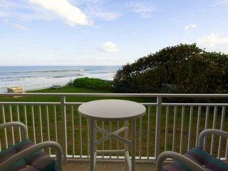 Direct Oceanfront - Beautifully updated - Excellent Ocean Views