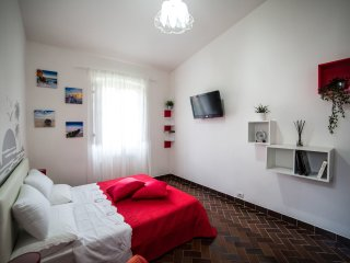 4 bedroom Villa in Ripa-Pozzi-Querceta-Ponterosso, Tuscany, Italy : ref 5508702