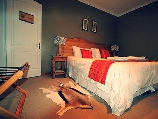 Nukakamma Guesthouse - INGWE ROOM