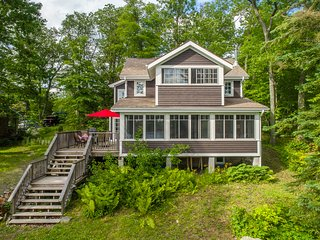 Birchwood at Bala 4 Bed & 3.5 baths in the heart of Muskoka Cottage Country