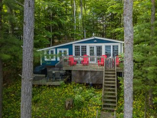 Indian River Respite - Lake Rosseau 3 Bedroom 1.5 bath Cottage in Port Carling