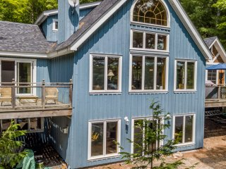 Life in Balance - a Fabulous Lake Rosseau 5 bed cottage