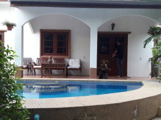 Huahin Cozy Villa 2 bedroom private pool - 4 persons.