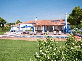 6 bedroom Villa in Olhos de Água, Faro, Portugal : ref 5239026