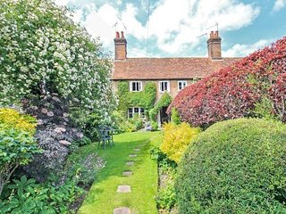 Fox Cottage - Aldbury Village, North Chilterns