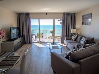 Renovated Beachfront Condo with Spectacular Ocean View unit 403