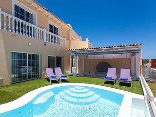 2 bedroom Villa in Urbanizacion Fuerteventura Golf Club, Canary Islands, Spain :