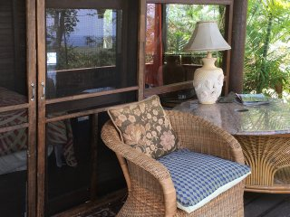 OVERLOOK TEMPLE - NEW! - A CHARMING COTTAGE: A serene, tranquil and private.