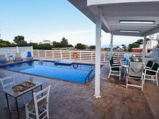 Sea View Protaras 3 Bedroom Villa Joanna, 2 mins from the Beach, sleeps 10
