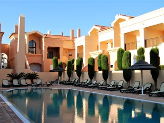 Baia da luz 2 bedroom pool apartment