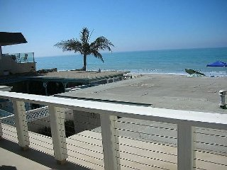 20% OFF MAR/APR - Island Style Beach Home on the Sand w/ Amazing Ocean Views