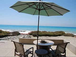 25% OFF MAY/JUNE - Beautiful Lower Level Home, On the Sand w/ Outdoor Living