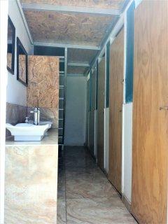 Baños de las habitaciones cuádruples