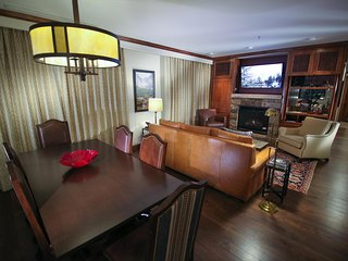 Ritz-Carlton Club 3BR